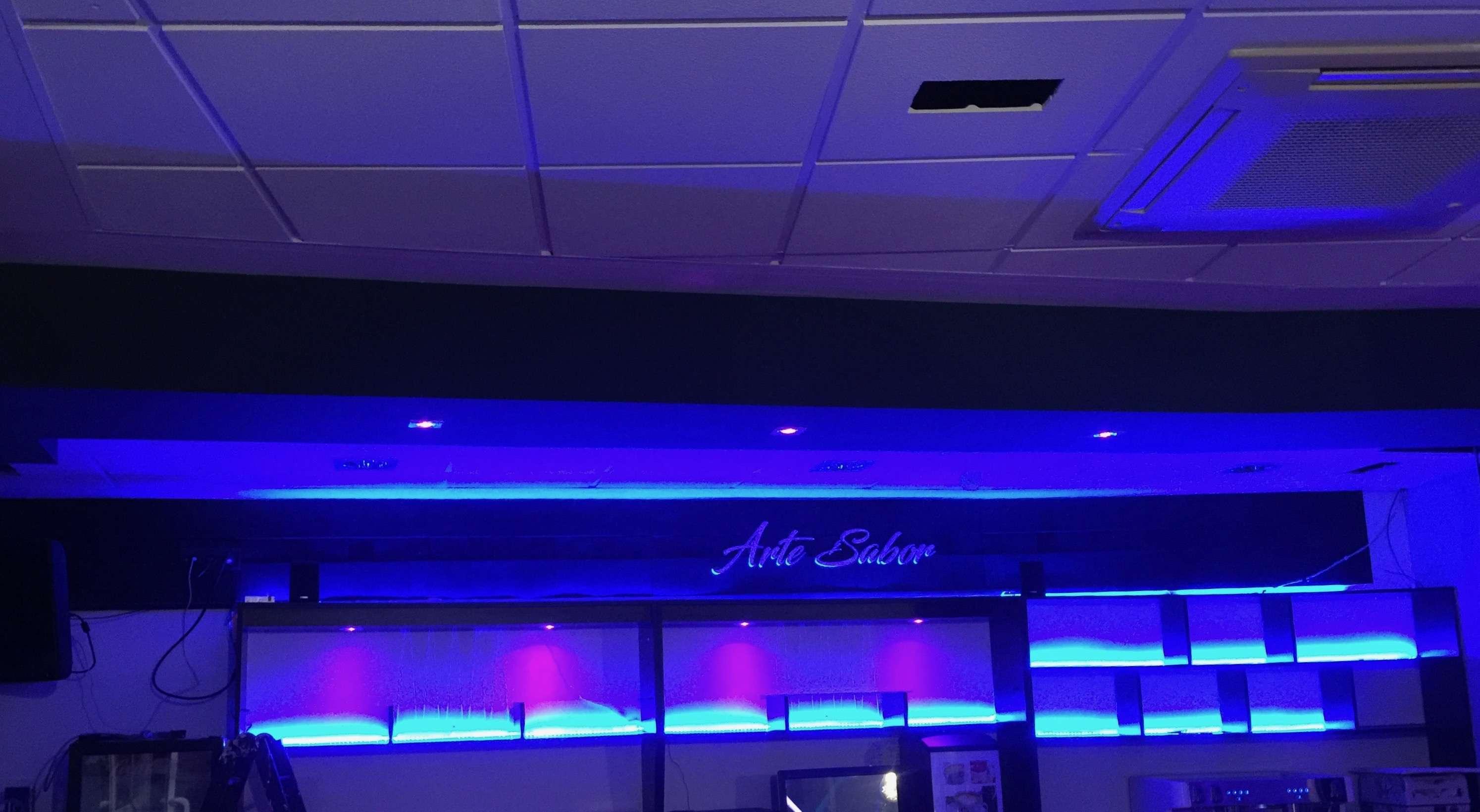 Instalaci N Iluminaci N Led Cafe Copas Arte Y Sabor La